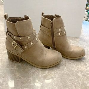 Justice Girls Boots Size 2